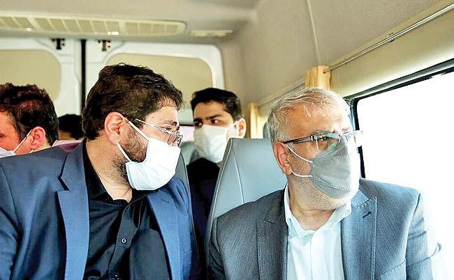 بازدید وزیر نفت از تأسیسات آبشیرین کن جم در حاشیه سفر رئیس جمهور و هیات همراه به بوشهر