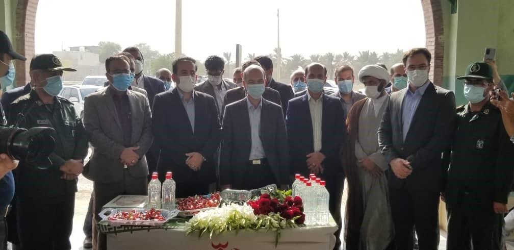 وزیر نیرو در سفر به بوشهر: تکمیل پروژههای آبشیرینکن با حمایت ویژه هیئت دولت مورد توجه قرار دارد