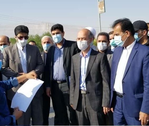وزیر نیرو: ایجاد ظرفیت ۹۰ هزار مترمکعب آبشیرینکن در استان بوشهر تا سال ۱۴۰۱